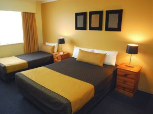 Mt Ommaney Hotel Apartments - Sydney Tourism