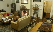 Araluen Old Courthouse Bed and Breakfast - Sydney Tourism
