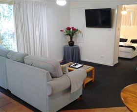 Rainbow Getaway Holiday Apartments - Sydney Tourism