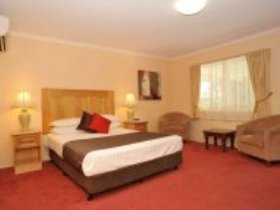 McNevins Maryborough Motel - Sydney Tourism
