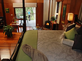 Whispering Valley Cottage Retreat - Sydney Tourism
