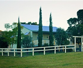 Milford Country Cottages - Sydney Tourism