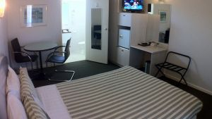 BEST WESTERN Alexander Motor Inn and Apartments - Sydney Tourism