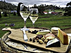 28 gates Luxury Farmstay and Fishery - Sydney Tourism