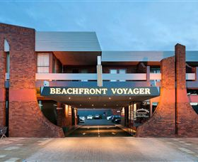 Beachfront Voyager Motor Inn - Sydney Tourism