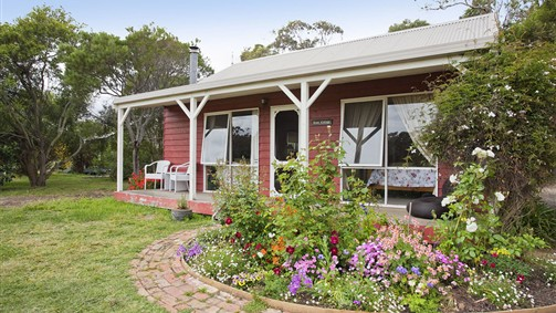 Freshwater Creek Cottages - Sydney Tourism