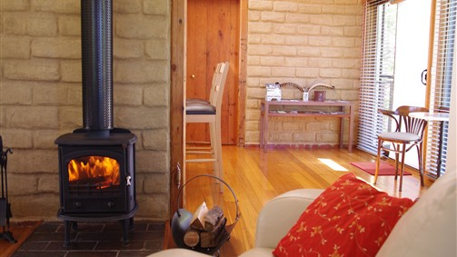 Lyrebird Cottages - Sydney Tourism