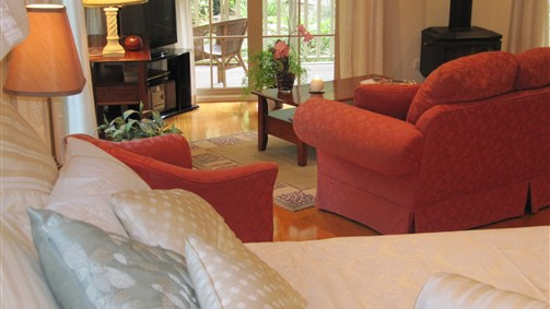 Myers Creek Cascades Luxury Cottages - Sydney Tourism