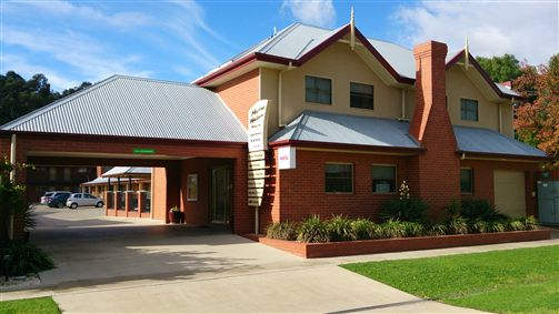 Murray Waters Motor Inn  Apartments - Sydney Tourism