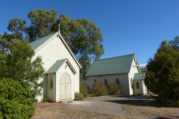 Churches of Yarck - Sydney Tourism