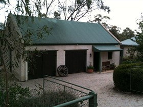 Coach House St Helens Cottages - Sydney Tourism
