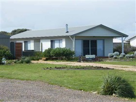 Coorong Waterfront Retreat - Sydney Tourism