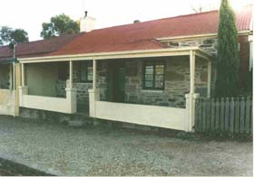 Lavender Cottage Bed And Breakfast Accommodation - Sydney Tourism