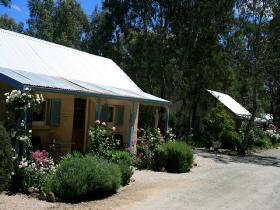Riesling Trail Cottages - Sydney Tourism