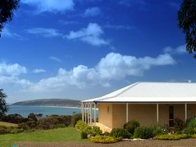 Seascape Lodge on Emu Bay - Sydney Tourism