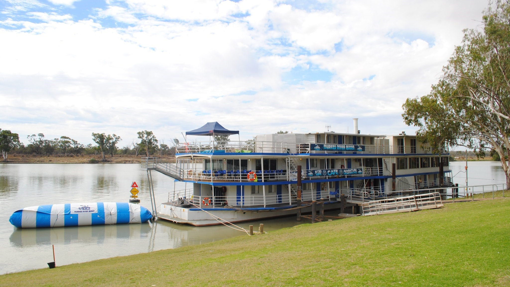 Murray River Queen Backpackers - Sydney Tourism