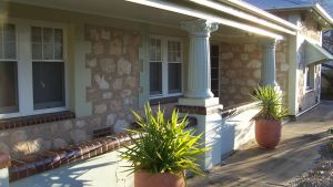 Naracoorte Cottages - MacDonnell House - Sydney Tourism