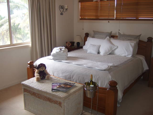 Ayr Bed and Breakfast on McIntyre - Sydney Tourism