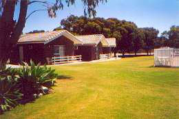 Highview Holiday Village Caravan Park - Sydney Tourism