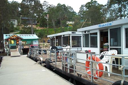 Clyde River Houseboats - Sydney Tourism