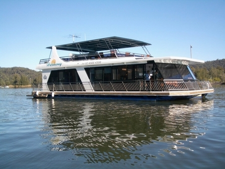 Able Hawkesbury River Houseboats - Sydney Tourism