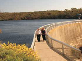 Whispering Wall - Sydney Tourism