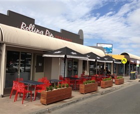 Rolling Pin Pies and Cakes Ocean Grove - Sydney Tourism
