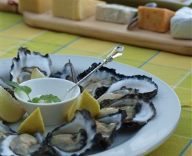 Oyster Shed on Wray Street - Sydney Tourism