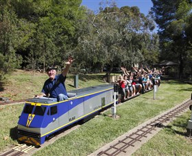 Willans Hill Miniature Railway - Sydney Tourism