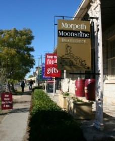 Morpeth Wine Cellars and Moonshine Distillery - Sydney Tourism