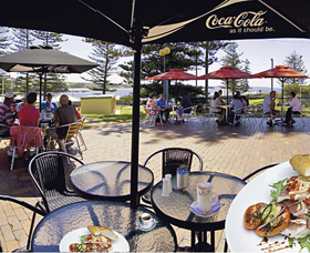 The Beach and Bush Gallery and Cafe - Sydney Tourism
