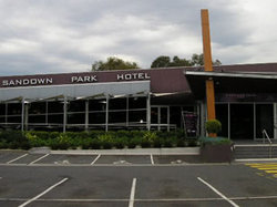 Sandown Park Hotel - Sydney Tourism