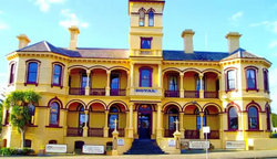 The Queenscliff Historic Royal Hotel - Sydney Tourism