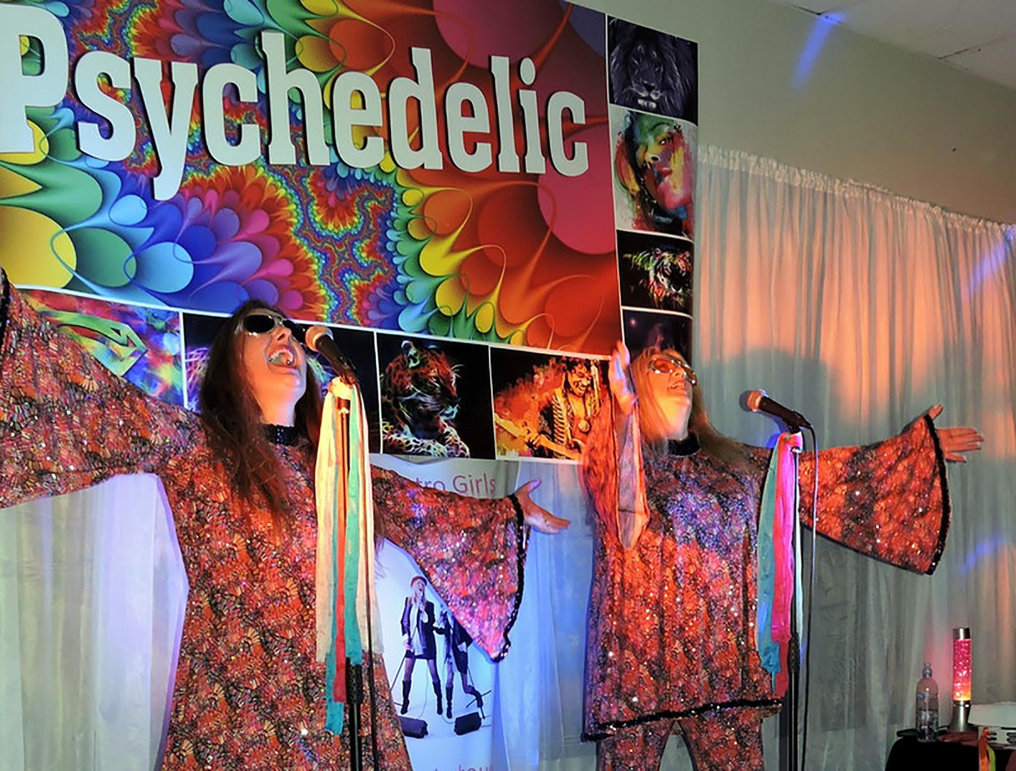 Psychedelic 70s Show The Retro Girls - Sydney Tourism