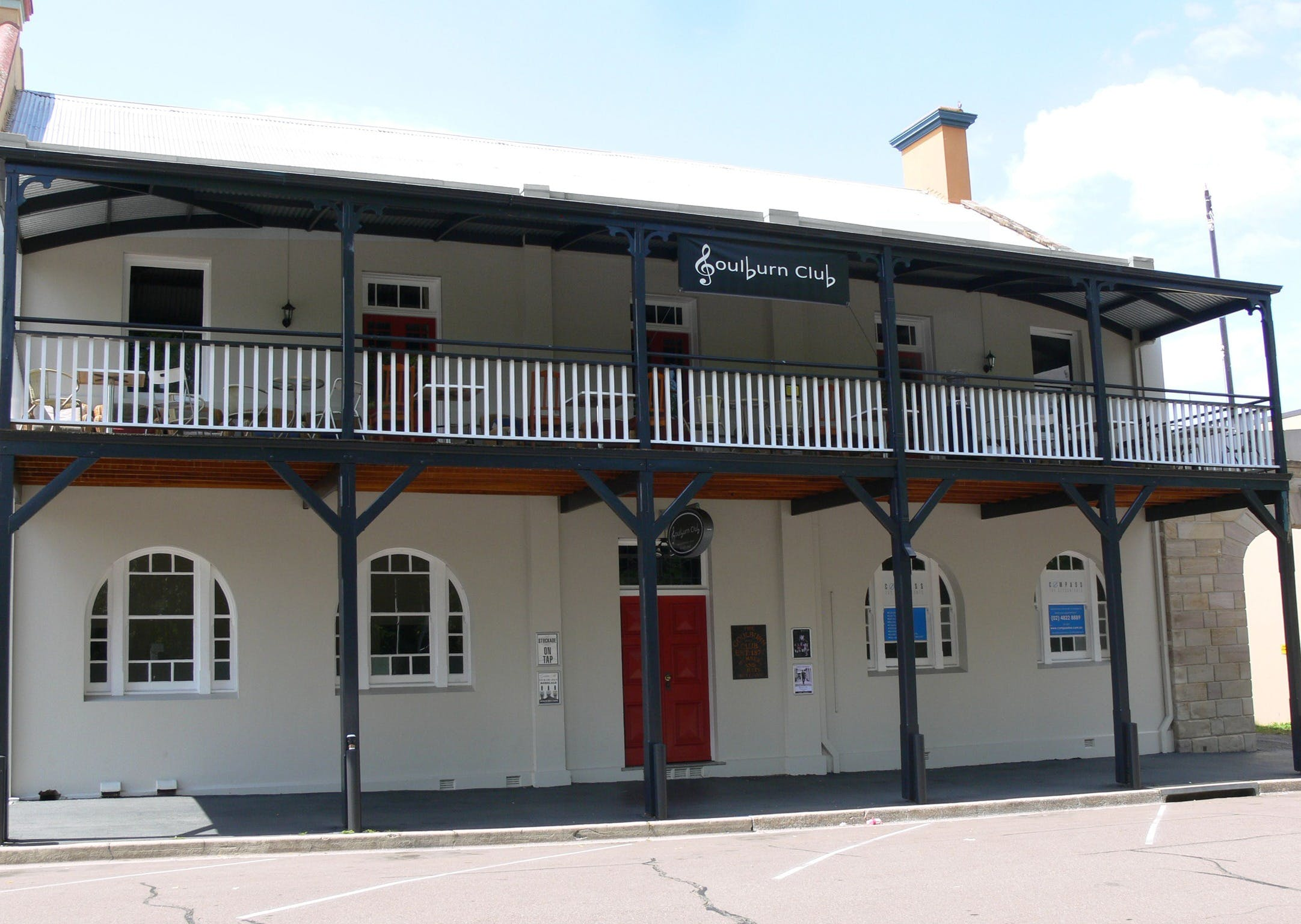 Open Mic Night at the Goulburn Club - Sydney Tourism