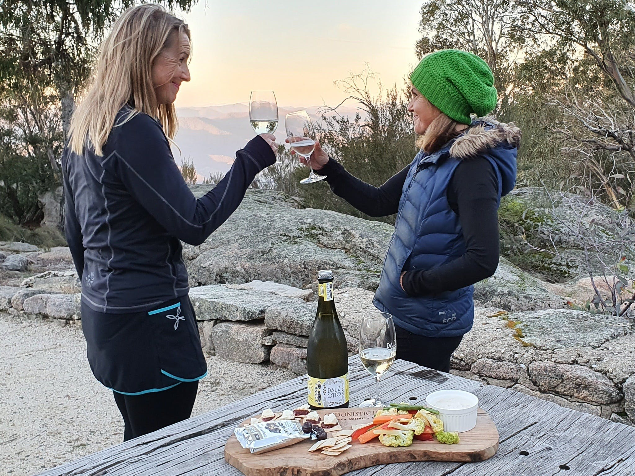 Hedonistic Hiking's Buffalo and Bubbles - Sydney Tourism