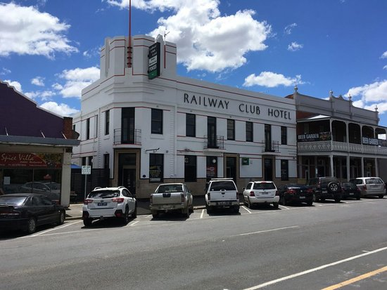 Railway Club Hotel - Sydney Tourism