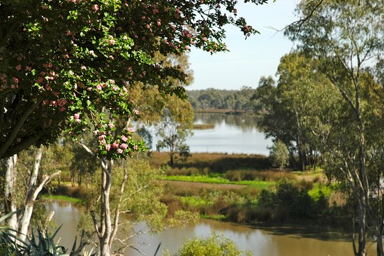 Lake Moodemere Estate - Sydney Tourism