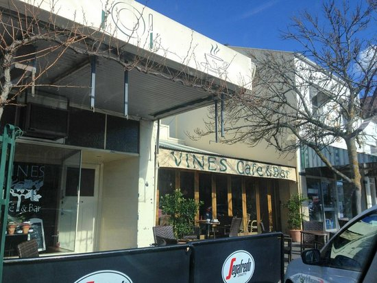 Vines Cafe  Bar - Sydney Tourism