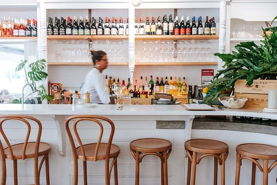 Queen St Eatery  Wine Bar - Sydney Tourism