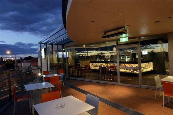 One7Eight Dining  Bar - Sydney Tourism