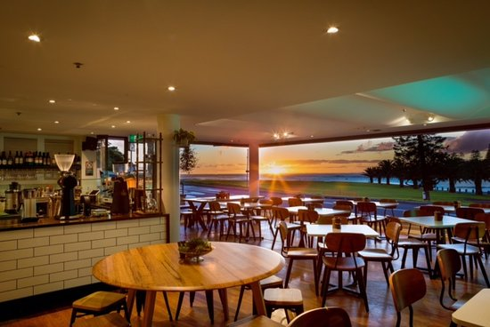 Penny Whistlers Cafe - Sydney Tourism