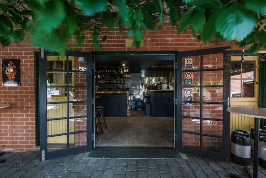 Vine And Tap - Sydney Tourism