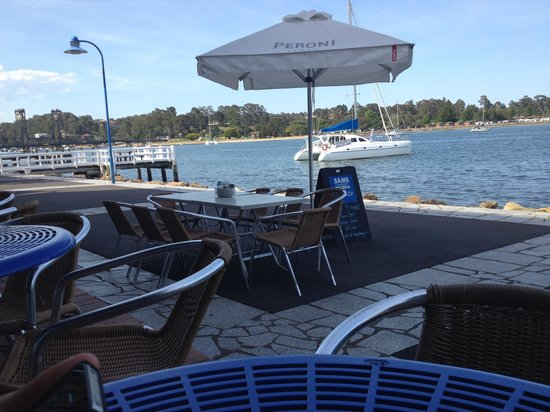 Sam's Pizzeria on the waterfront - Sydney Tourism