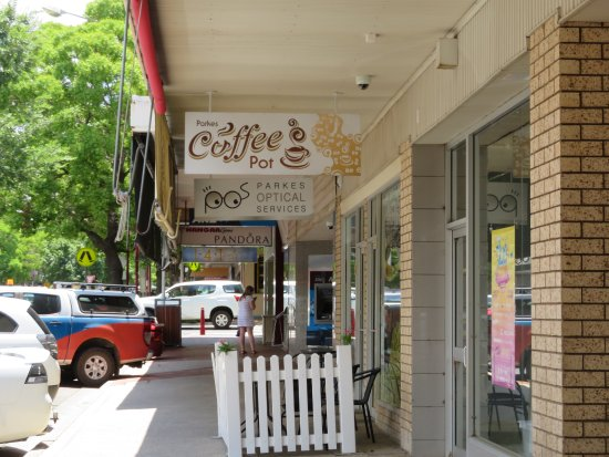 Parkes Coffee Pot - Sydney Tourism