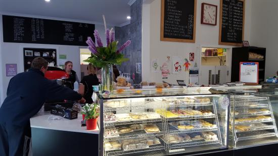 Tumut's Pie in the Sky Bakery - Sydney Tourism