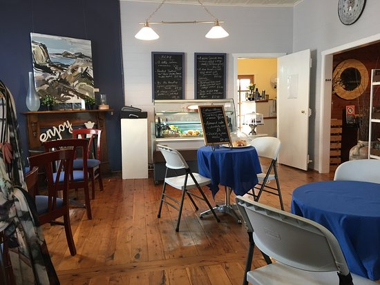Jayes Gallery and Cafe