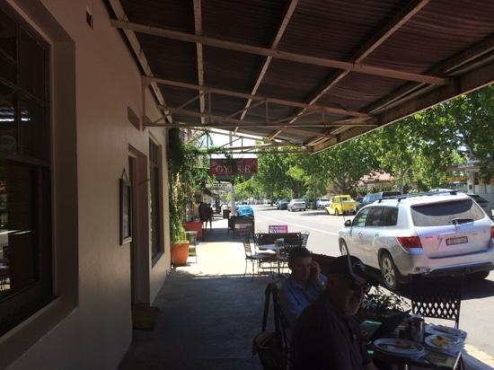 Cafe on Louee - Sydney Tourism