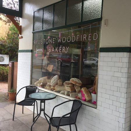 Rylstone Woodfired Bakery - Sydney Tourism
