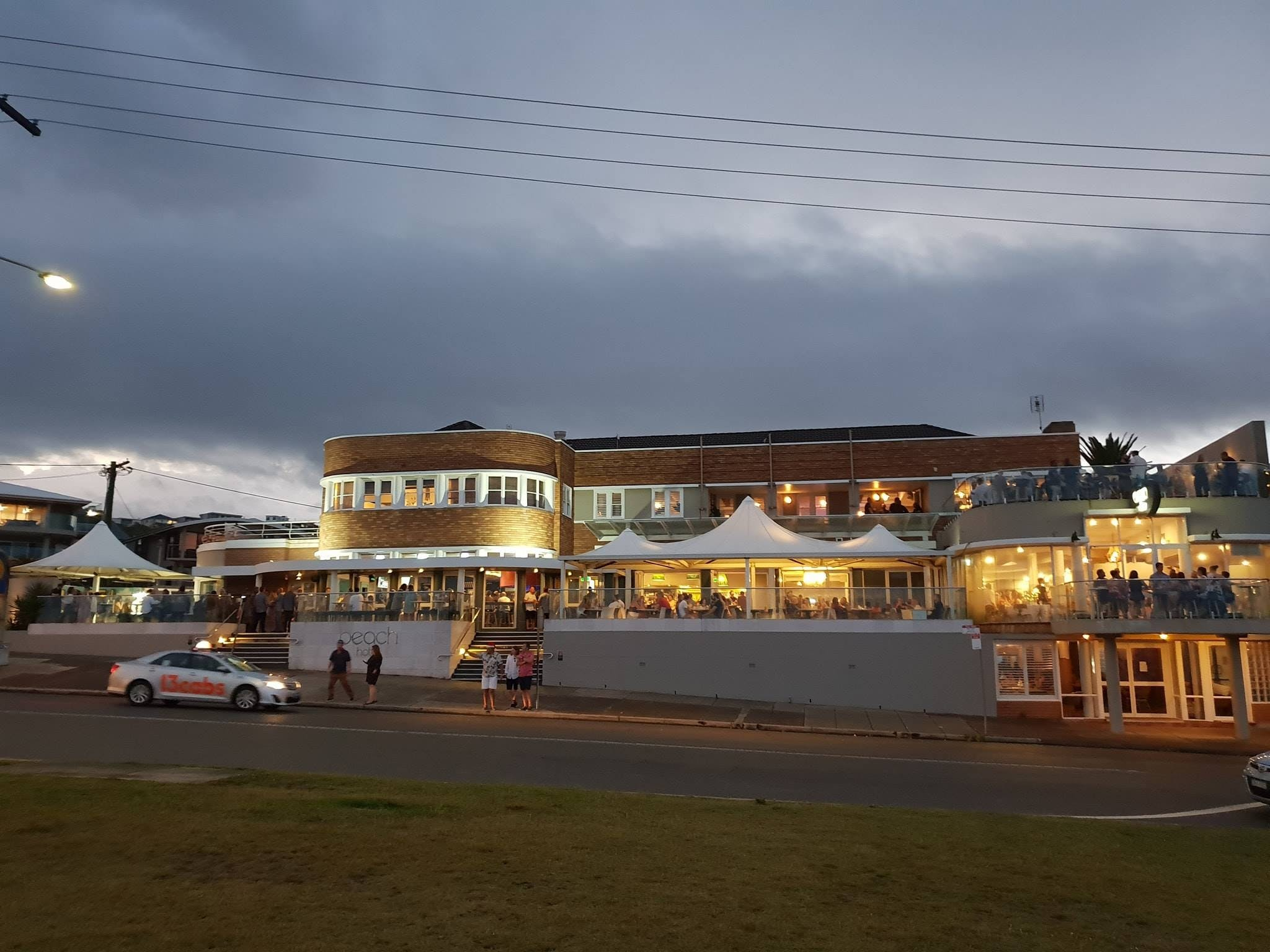 The Beach Hotel Merewether - Sydney Tourism